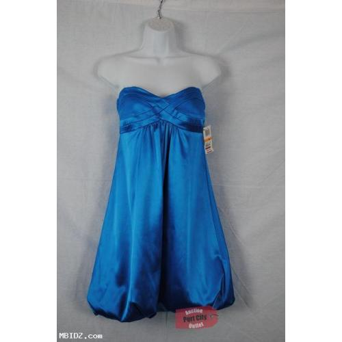 NEW Macy's Azure Short Strapless Dress Size 7/8